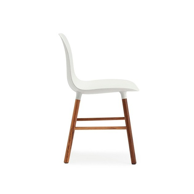 detalle patas de nogal comprar Silla Form sin brazos color blanco de Normann copenhagen