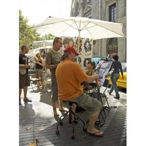 Taburete Binaria de BD Barcelona en Moises Showroom