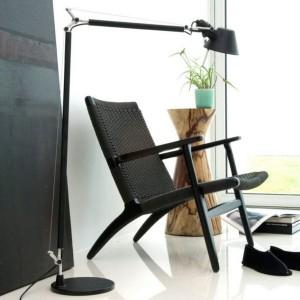 ambiente lámpara de lectura Tolomeo Artemide negra