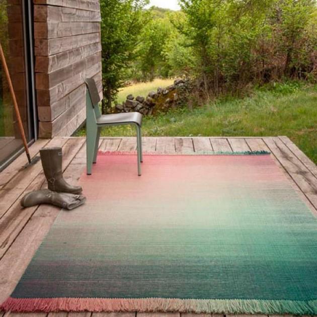 patio con Alfombra Shade palette 3 Nanimarquina