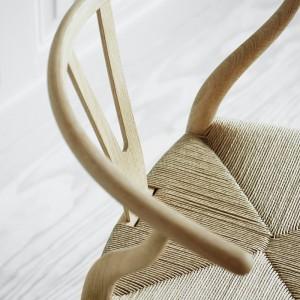 Carl Hansen silla Wishbone CH24 acabado roble jabón
