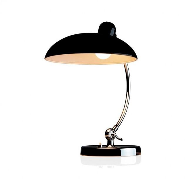 luz encendida de Lámpara de mesa Kaiser Luxus color negro de Fritz Hansen
