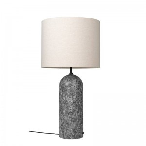 Lámpara de pie Gravity Floor Lamp XL de Gubi en Moises Showroom
