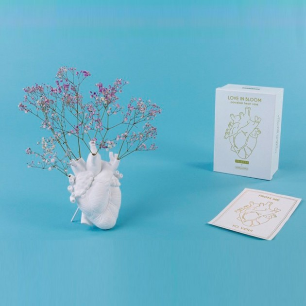 Love in Bloom packaging Seletti