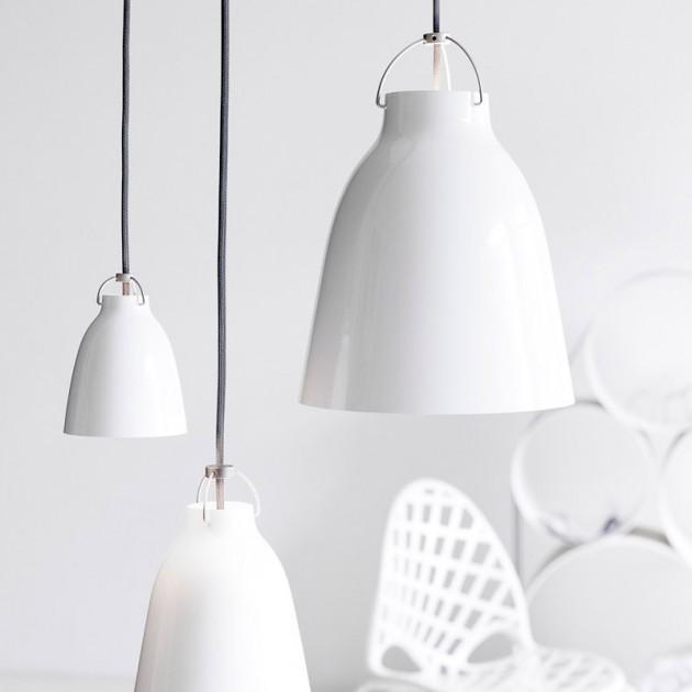 Ambiente con Lámpara Caravaggio P2 color blanco cordón gris Fritz Hansen