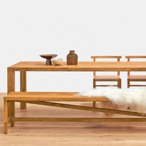 Ambiente Mesa Holborn en madera de roble aceitado de E15. Disponible en Moisés Showroom