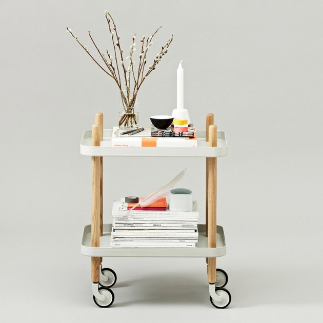 Ambiente Carrito Block Table color blanco patas fresno de Normann Copenhagen.