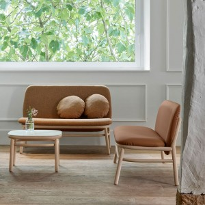 ambiente sofás lana respaldo alto marrón de Ondarreta
