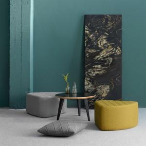 Ambiente lounge con pufs Aia de Ondarreta
