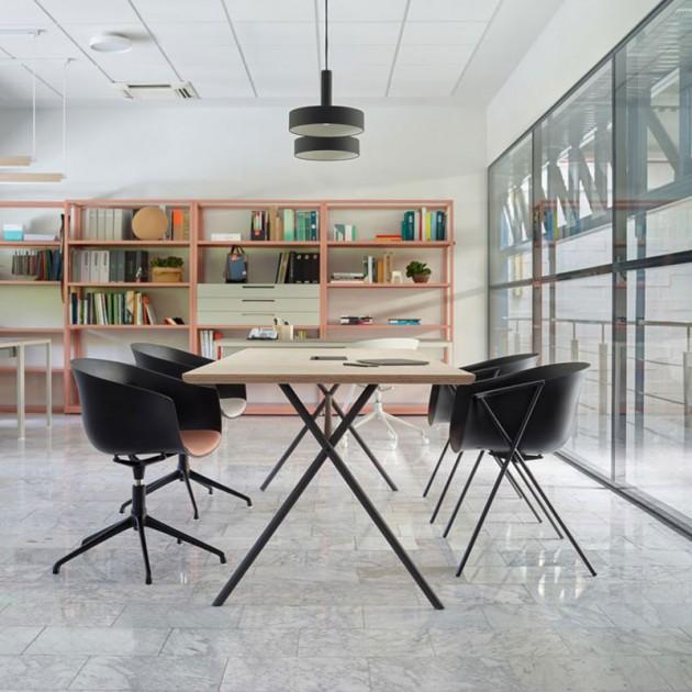 Ambiente oficina silla bai de Ondarreta