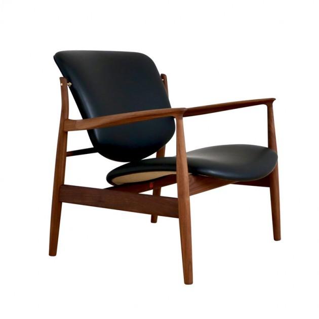 Butaca France Chair nogal de Finn Juhl en Moises Showroom