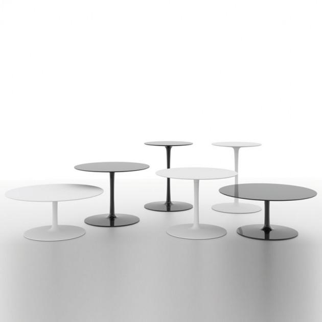 Mesas Flow Low Table de MDF Italia en Moises Showroom