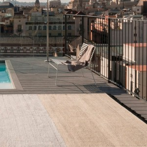 terraza Alfombra Tres Stripes negro Nanimarquina