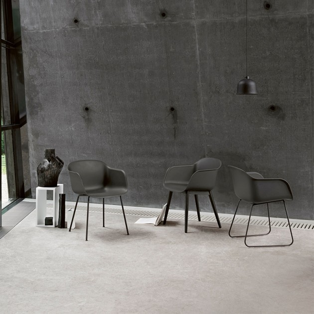 Silla Fiber Armchair Wood de Muuto en Moises Showroom