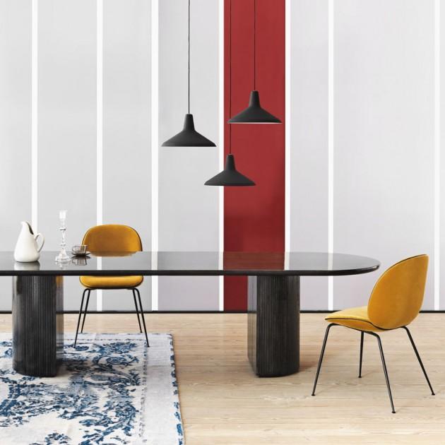 Silla Beetle tapizado integral de Gubi en Moises Showroom