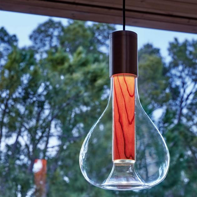 Lámpara suspensión Eris natural beech base negra lzf ambiente