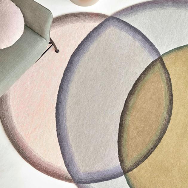 Vista alfombra Crystal Neutral de Gan Rugs en Moises Showroom