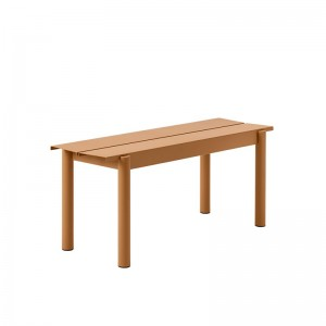 Banco Linear Steel Bench 110 cm Burnt Orange de Muuto en Moises Showroom
