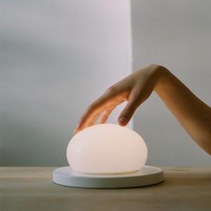 ambiente lámpara sobremesa Bolita Marset
