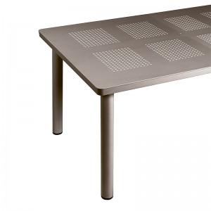 detalle pata cilíndrica mesa de exterior Libeccio extensible Nardi