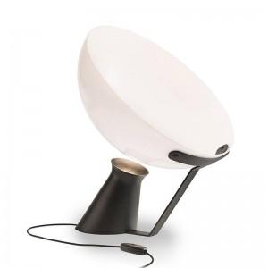 Lámpara de mesa AIDA de Karakter Copenhagen