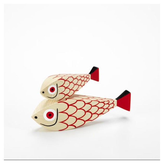 Wooden doll Mother Fish and child en Moises Showroom 2