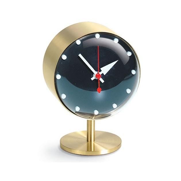 Relojes de diseño para pared y sobremesa.